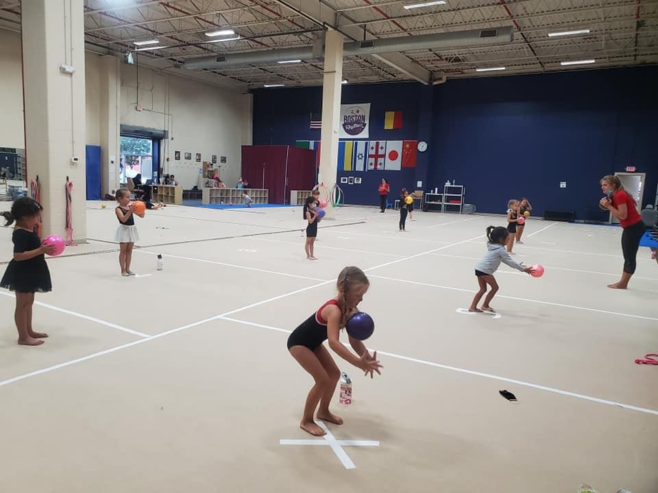gymnastics class, gymnastics, rhythmic gymnastics, online classes for preschoolers, classes for preschoolers, activities for preschoolers